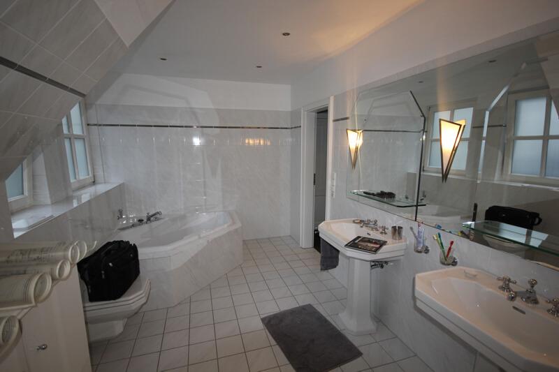 1 kindschuh bau komplettanbieter f rs renovieren und sanieren im bad k che und wohnraum. Black Bedroom Furniture Sets. Home Design Ideas